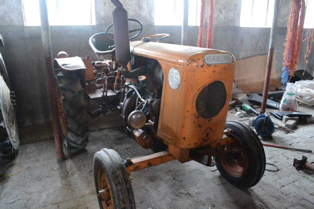 Vendeuvre - Swuste Tractoren en machines
